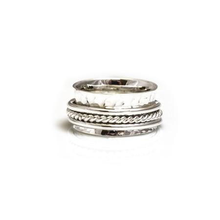Sterling Silver Hammered Triple Hoop Spinner Ring